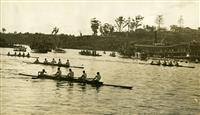 Regatta with crown on riverbank 1932